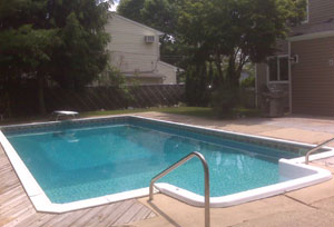 East Northport Colonial - Inground Pool