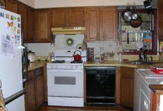 Huntington Beach Cottage - Eat-in Kitchen - RENTED